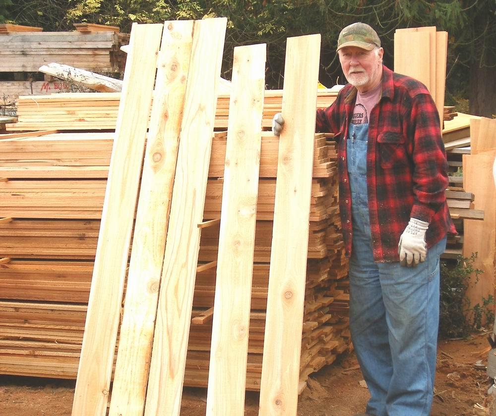 custom cut cedar fence boards