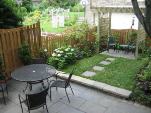 small yard landscaping ideas 4