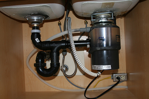 kitchen sink pipe leaking all of those pipes the kitchen sink home 5892
